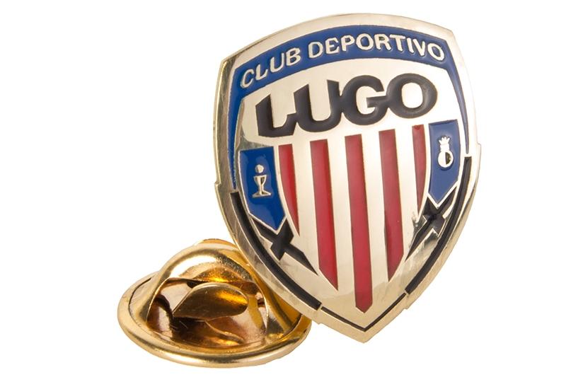 Pin de oro con escudo CDL